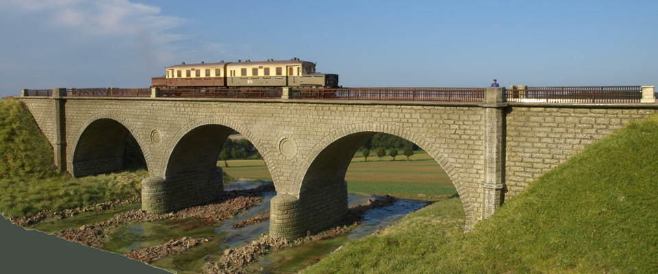 Viadukt über die Lenne